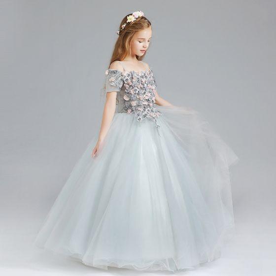 Hermoso Gris Vestidos para niñas 2017 Ball Gown Fuera Del Hombro Manga Corta Apliques Flor Largos Ruffle Vestidos para bodas