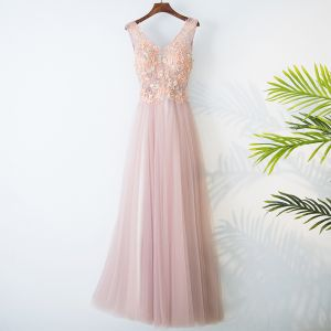 Chic / Beautiful Champagne Bridesmaid Dresses 2017 A-Line / Princess V-Neck Sleeveless Crossed Straps Appliques Beading Lace Tulle Bridesmaid Tea-length