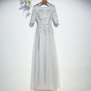 Schlicht Grau Brautjungfernkleider 2017 Mit Spitze Blumen Riemchen Rundhalsausschnitt Knöchellänge A Linie Kleider Für Hochzeit