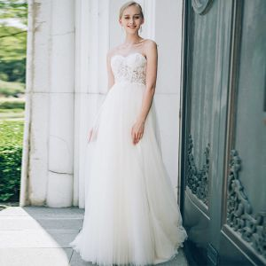 Chic / Beautiful Ivory Wedding Dresses 2018 A-Line / Princess Lace Flower Beading Pearl Spaghetti Straps Backless Sleeveless Floor-Length / Long Wedding