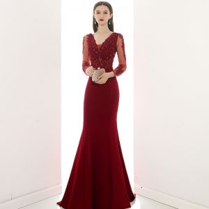 Illusion Burgundy See-through Evening Dresses  2020 Trumpet / Mermaid V-Neck Long Sleeve Appliques Lace Beading Sweep Train Ruffle Backless Formal Dresses