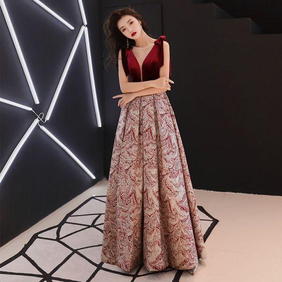 Chic / Beautiful Burgundy Suede Jacquard Evening Dresses  2019 A-Line / Princess See-through Deep V-Neck Sleeveless Floor-Length / Long Ruffle Backless Formal Dresses