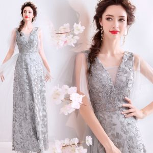 Chic / Beautiful Grey Evening Dresses  2019 A-Line / Princess V-Neck Beading Crystal Lace Flower Sleeveless Backless Floor-Length / Long Formal Dresses