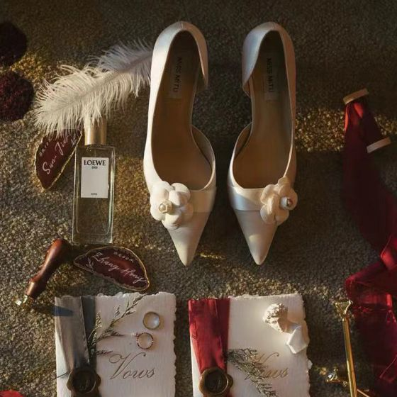 Elegant Ivory Flower Wedding Shoes 2020 Leather 7 cm Stiletto Heels Pointed Toe Wedding Heels