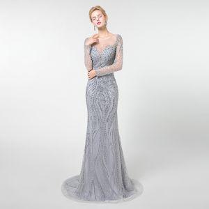 High End Grau Durchsichtige Abendkleider 2019 Meerjungfrau Rundhalsausschnitt Lange Ärmel Handgefertigt Perlenstickerei Sweep / Pinsel Zug Festliche Kleider