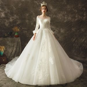 Vintage / Retro Ivory Wedding Dresses 2019 A-Line / Princess See-through Scoop Neck Long Sleeve Backless Appliques Lace Chapel Train Ruffle