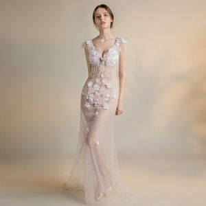 Sexy Ivory See-through Evening Dresses  2018 Trumpet / Mermaid V-Neck Sleeveless Appliques Flower Beading Pearl Tassel Sweep Train Backless Formal Dresses
