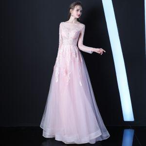 Elegante Rosa Durchsichtige Abendkleider 2019 A Linie Rundhalsausschnitt Lange Ärmel Applikationen Spitze Perlenstickerei Lange Rüschen Festliche Kleider