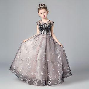 Schöne Schwarz Rosa Blumenmädchenkleider 2019 A Linie V-Ausschnitt Ärmellos Star Applikationen Spitze Lange Rüschen Rückenfreies Kleider Für Hochzeit