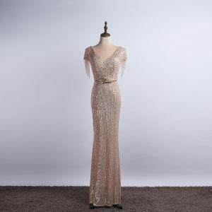 Glittrande Champagne Aftonklänningar 2020 Trumpet / Sjöjungfru V-Hals Beading Tassel Paljetter Rosett Korta ärm Långa Formella Klänningar