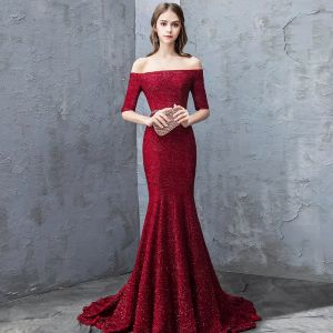 Sexy Burgundy Evening Dresses  2018 Trumpet / Mermaid Glitter Sequins Off-The-Shoulder Backless Short Sleeve Sweep Train Formal Dresses