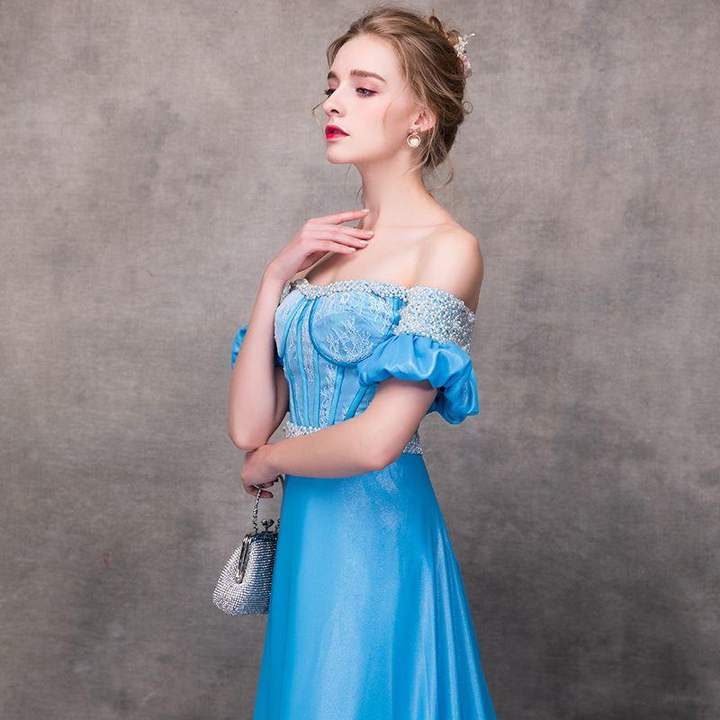 Chic / Belle Bleu Robe De Soirée 2018 Princesse De l'épaule Manches Courtes Appliques En Dentelle Perle Ceinture Chapel Train Volants Dos Nu Robe De Ceremonie