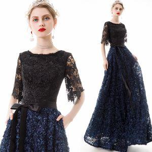 Rimelig Mørk Marineblå Blonder Selskapskjoler 2020 Prinsesse Scoop Halsen 1/2 Ermer Appliques Blomst Sash Lange Buste Formelle Kjoler