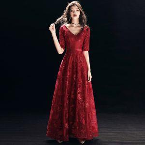 Chic / Beautiful Burgundy Evening Dresses  2018 A-Line / Princess Lace Sequins Sash V-Neck Backless 1/2 Sleeves Floor-Length / Long Formal Dresses