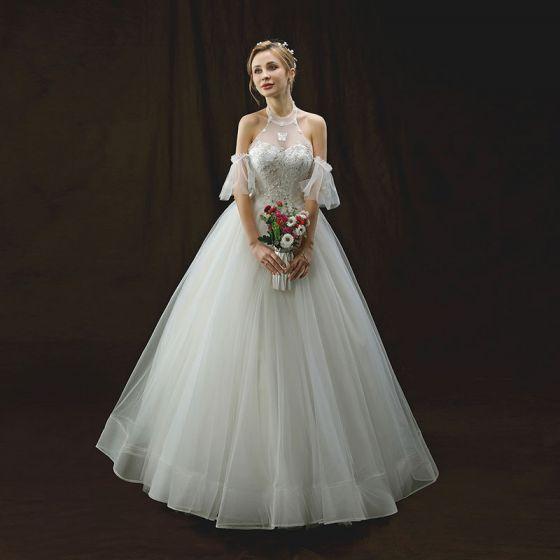 Piękne Kość Słoniowa Suknie Ślubne 2018 Princessa Posiadacz Kótkie Rękawy Bez Pleców Aplikacje Z Koronki Cekiny Frezowanie Długie Wzburzyć