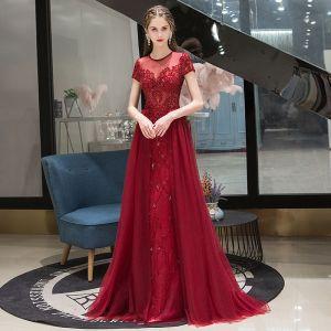 High-end Burgundy Evening Dresses  2020 A-Line / Princess Scoop Neck Beading Crystal Short Sleeve Sweep Train Formal Dresses