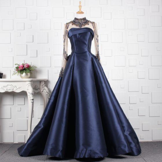 Luksusowe Granatowe Wykonany Ręcznie Frezowanie Sukienki Wieczorowe 2019 Princessa Kryształ Wysokiej Szyi Długie Rękawy Trenem Sweep Sukienki Wizytowe