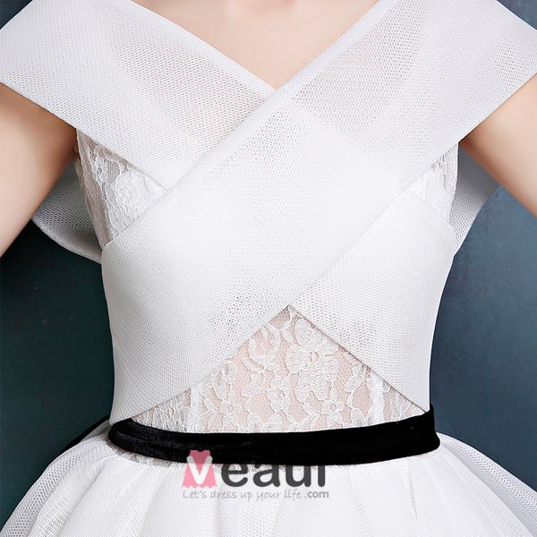 Vintage Simple White Prom Dress V-neck Backless Party Dress With Bow Sash