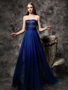 2016 Glinsterende Pailletten Strapless Ruche Koningsblauw Chiffon Ruglooze Prom Dress