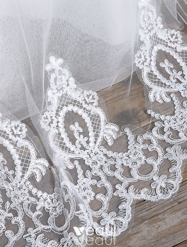 Elegant Wedding Dresses 2016 Ball Gown Off The Shoulder Applique Lace Backless Bridal Gown