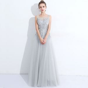 Discount Grey See-through Evening Dresses  2018 A-Line / Princess Scoop Neck Sleeveless Pearl Appliques Pierced Lace Feather Floor-Length / Long Ruffle Backless Formal Dresses