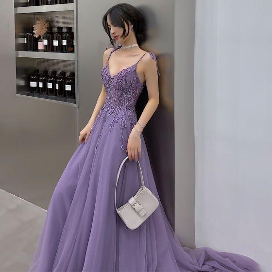 Overkommelige Lavendel Selskabskjoler 2019 Prinsesse V-Hals Ærmeløs Applikationsbroderi Med Blonder Feje tog Flæse Halterneck Kjoler