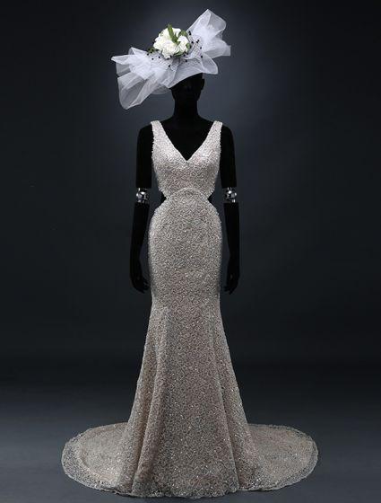 Glamorösa Sjöjungfru Axlar Djup V Hals Backless Spetsar Bröllopsklänningar