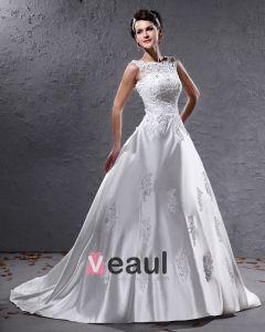Elegant Satin Parlstav Applikationer Bateau Golv Langd Domstol Tag Balklänning Brudklänningar Bröllopsklänningar