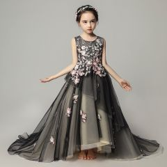 Elegant Black Flower Girl Dresses 2019 A-Line / Princess Scoop Neck Sleeveless Appliques Lace Pearl Court Train Ruffle Backless Wedding Party Dresses