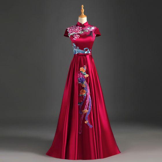 Estilo Chino Borgoña Vestidos de noche 2019 A-Line / Princess Cuello Alto Bowknot Apliques Con Encaje Mangas de la tapa Sin Espalda Largos Vestidos Formales