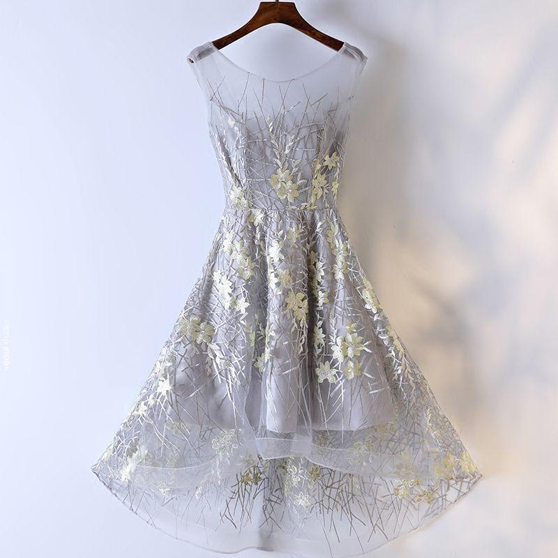 Amazing / Unique Silver Formal Dresses 2017 Lace Flower Scoop Neck Backless Short Sleeveless A-Line / Princess Graduation Dresses