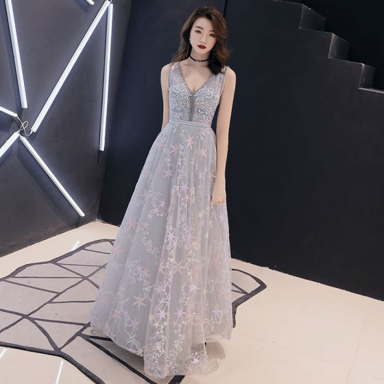 Romantic Grey Evening Dresses  2019 A-Line / Princess Deep V-Neck Sleeveless Sash Star Appliques Lace Floor-Length / Long Ruffle Backless Formal Dresses