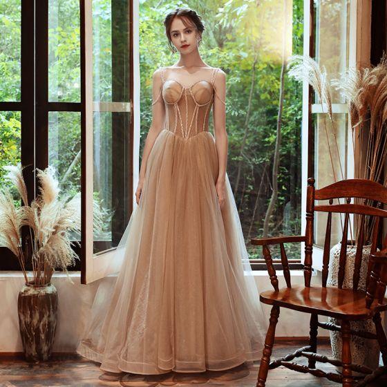 Eleganckie Szampan Sukienki Wieczorowe 2020 Princessa Spaghetti Pasy Bez Rękawów Frezowanie Cekinami Tiulowe Trenem Sweep Wzburzyć Bez Pleców Sukienki Wizytowe