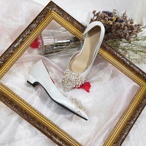 Moderne / Mode Blanche Mariage Demoiselle D'honneur Talons 2020 Cuir Perle 3 cm Talon Bas Chaussure De Mariée