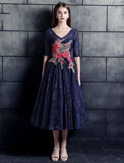 Beautiful Evening Dresses 2017 V-neck Applique Roses Flower Navy Blue Lace Dress