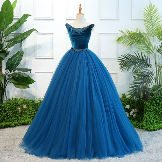 Vintage / Retro Royal Blue Quinceañera Prom Dresses 2018 Ball Gown Beading Sequins Crystal Sash Suede Scoop Neck Backless Sleeveless Floor-Length / Long Formal Dresses