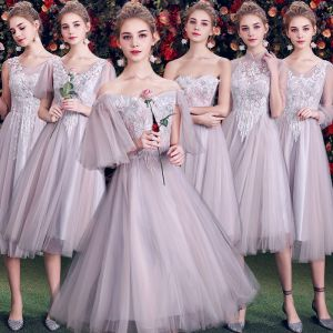 Elegant Grey Bridesmaid Dresses 2019 A-Line / Princess Appliques Lace Short Ruffle Backless Wedding Party Dresses