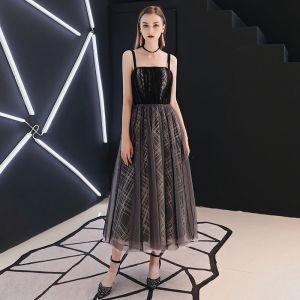 Chic / Beautiful Black Homecoming Graduation Dresses 2019 A-Line / Princess Spaghetti Straps Sleeveless Backless Tea-length Formal Dresses