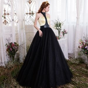 Unique Noire Doré Robe De Bal 2017 Robe Boule Titulaire Sans Manches Longue Dos Nu Robe De Ceremonie