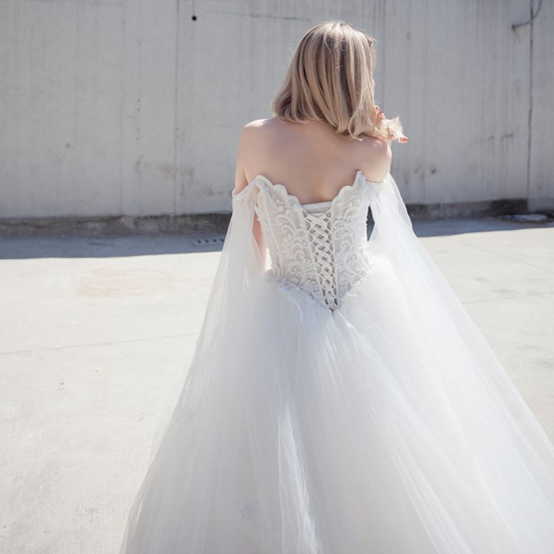 Chic / Beautiful Romantic Outdoor / Garden Wedding Dresses 2017 Rhinestone Lace Appliques Sleeveless Off-The-Shoulder Backless Cathedral Train White Ball Gown