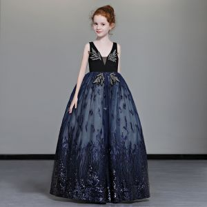 Magnífico Marino Oscuro Vestidos para niñas 2019 A-Line / Princess V-cuello Profundo Sin Mangas Rhinestone Rebordear Apliques Con Encaje Lentejuelas Largos Ruffle Sin Espalda Vestidos para bodas