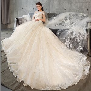 Luxury / Gorgeous Champagne Wedding Dresses 2018 A-Line / Princess Beading Tassel Appliques Lace Scoop Neck Backless Short Sleeve Cathedral Train Wedding