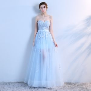 Chic / Beautiful Sky Blue Prom Dresses 2018 A-Line / Princess Lace Appliques Sash Sweetheart Backless Sleeveless See-through Floor-Length / Long Formal Dresses