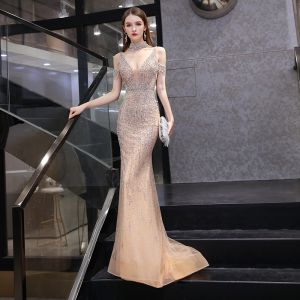 Sexy Gold Evening Dresses  2020 Trumpet / Mermaid See-through Deep V-Neck Short Sleeve Handmade  Beading Sweep Train Backless Formal Dresses