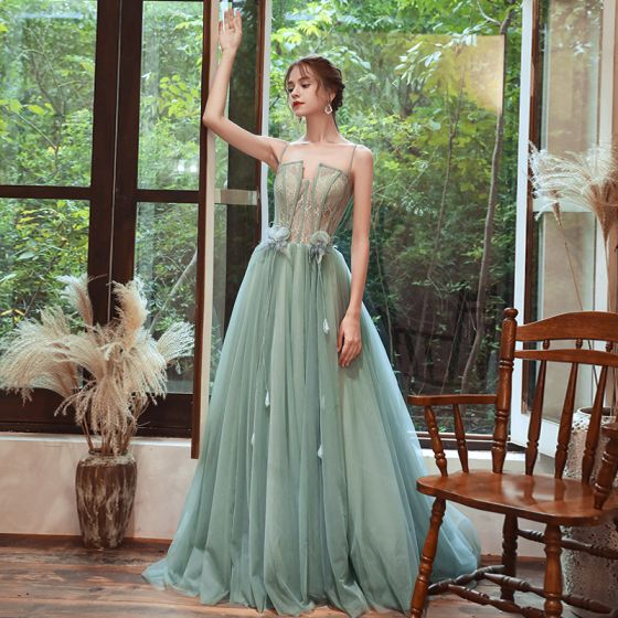Elegantes Verde Vestidos de noche 2020 A-Line / Princess Spaghetti Straps Sin Mangas Apliques Flor Pluma Rebordear Colas De Barrido Ruffle Sin Espalda Vestidos Formales