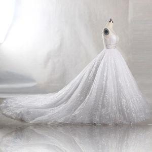 Glitter Bling Bling Witte Chapel Train Huwelijk 2018 U-hals Tule Glans Kralen Kristal Pailletten Baljurk Trouwjurken