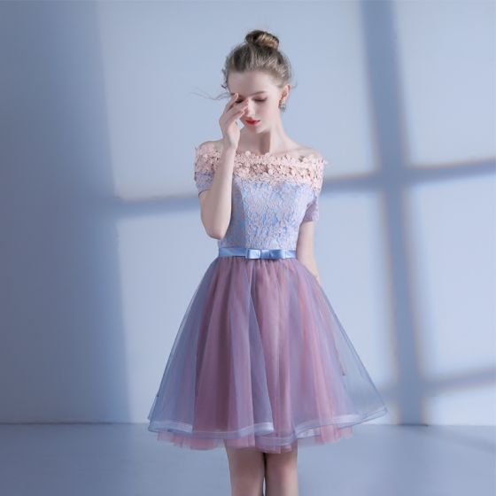 Chic / Beautiful Homecoming Graduation Dresses 2017 Candy Pink Sky Blue Short A-Line / Princess Off-The-Shoulder Short Sleeve Backless Lace Appliques Formal Dresses