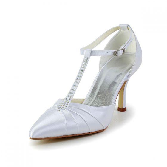 Blanches Élégantes Chaussures De Mariée T-bracelet Satin Sandales De Talons  Aiguilles Avec Bracelet Strass 5d6f9e18f2a8