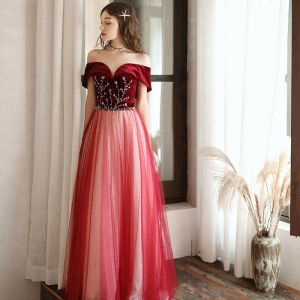 Chic / Beautiful Red Suede Evening Dresses  2020 A-Line / Princess Off-The-Shoulder Short Sleeve Beading Glitter Tulle Floor-Length / Long Ruffle Backless Formal Dresses