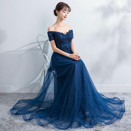 Elegant Navy Blue Evening Dresses  2017 A-Line / Princess Off-The-Shoulder Short Sleeve Appliques Lace Pearl Beading Floor-Length / Long Ruffle Backless Formal Dresses